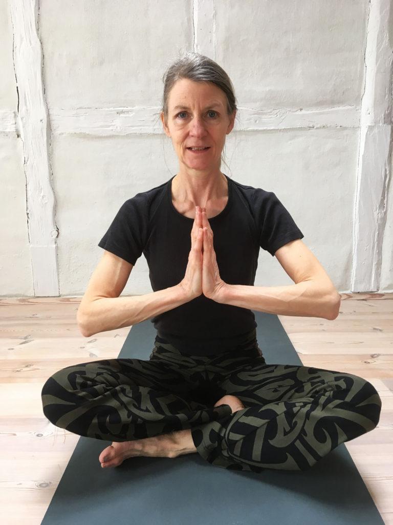 Lotus-Yoga-Stilling